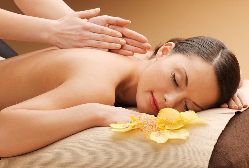 Загальний масаж тіла